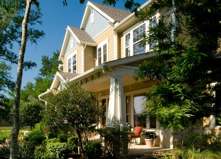 7 Exterior Home Renovations That Boost Curb Appeal