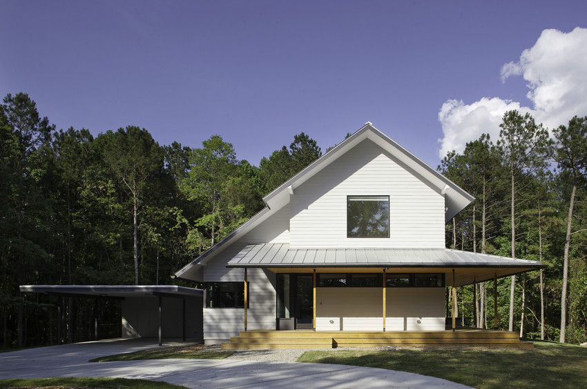 Try this Approach to Modern Farmhouse Exterior Design