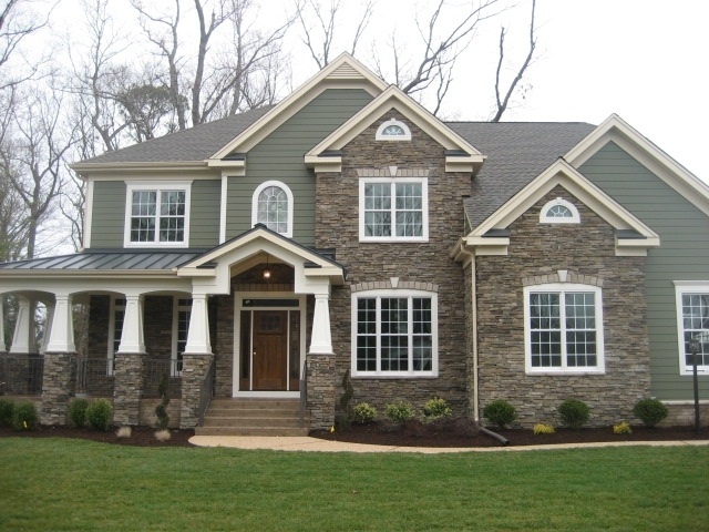 Design-Focused Siding Combinations for Brick and Stone Houses